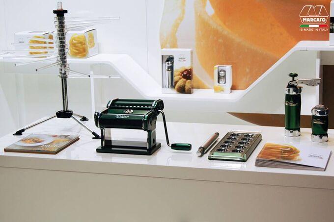 Marcato Φόρμα Design 10 θέσεων Πράσινο για Ζυμαρικά Ravioli 34x12.5x2cm και Πλάστης