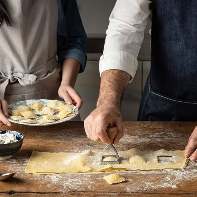 Marcato Σφραγίδα-Κόφτης Αλουμινίου για Ζύμες και Ζυμαρικά Ravioli με Ξύλινη Λαβή Design Τετράγωνο 48mm
